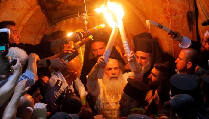 Κανονικά στην Κύπρο το Άγιο Φως το Μεγάλο Σάββατο