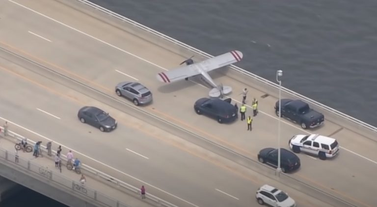 Προσγείωσε το αεροσκάφος στον αυτοκινητόδρομο! (ΒΙΝΤΕΟ)